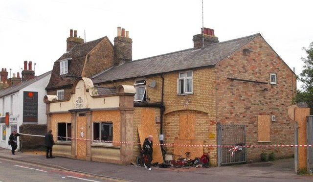 Seven Stars pub due to reopen following devastating fire